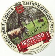 étiquette De Fromage:   Camembert : Bertrand  , Bény  Bocage - Kaas