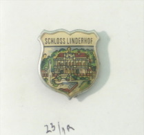 SCHLOSS LINDERHOF Palace - Germany / COAT OF ARMS écusson Blason Shield Bouclier - Städte