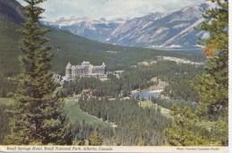 BT16598 The Banff Springs Hotel    2 Scans - Banff