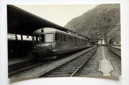 Photo Train 661 Environ De Brig/Brigua Ligne Brig-Bern Gare à Situer Mars 1959 - Gares - Avec Trains