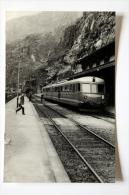 Photo Train 661  Ligne Brig-Bern Gare D´Iselle Mars 1959 - Gares - Avec Trains