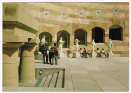 M330 Stuttgart - Neue Staatsgalerie - Skulpturenhof - James Stirling / Non Viaggiata - Stuttgart