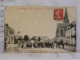 CPA  (72) Sarthe - PARENNES - Rue Et Place De L'église - France