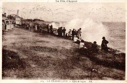 CPA - LA COTE D'ARGENT - LA GRANDE COTE - EFFET DE VAGUE - BR - Postée De ROYAN - Royan