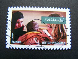 FRANCE OBLITERE 2013 N°806 SOLIDARITE SERIE CARNET VALEURS DE FEMMES RALLYE AICHA DES GAZELLES MAROC AUTOCOLLANT ADHESIF - France