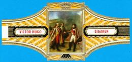 1 BAGUE DE CIGARE GRAND FORMAT VICTOR HUGO SIGAREN SERIE 14-5 NAPOLEON ET L'EMPEREUR D'AUTRICHE AUSTERLITZ ( 150 MM ) - Bagues De Cigares