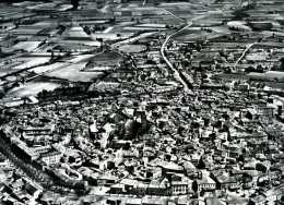 Valréas La Ville Ancienne Par Photo Aérienne Lapie (84) - Reproductions