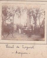 S- 2 Photos Stereoscopiques Stereo 40x45mm Vers 1900. Laguiole Aveyron France - Champ De Foire Foiral, Marché Bestiaux - Photos Stéréoscopiques