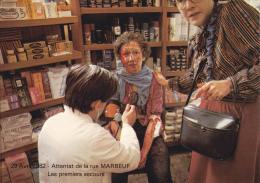 CPSM ATTENTAT DE LA RUE MARBEUF PARIS AVRIL 1982 PREMIERS SECOURS FEMME BLESSEE - Eventos