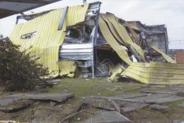CPM CATASTROPHE AZF TOULOUSE 21 SEPTEMBRE 2001 HANGAR DETRUIT AUTRE 6/8 - Catastrophes