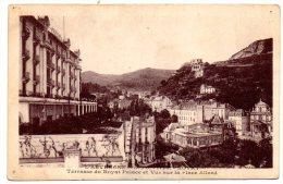 CP, 63, ROYAT, Terrasse Du Royat Palace Et Vue Sur La Place Allard, écrite - Royat