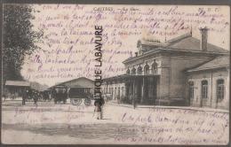 81----CASTRES--La Gare---Caleches--animé - Castres