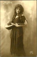 Girl With Mandoline Mandolina Tambura Mignon Mandolin Mandolino  Rppc Phila - Italia
