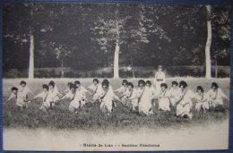 Rare CPA étoile De Lux, Société De Préparation Militaire Et De Gymnastique : La Section Féminine - Manoeuvres