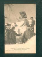 Luneville - Un Dirigeable Allemand Type Zeppelin Atterrit Sur Le Terrain  De Manoeuvres (Photo P.R.) - Luneville
