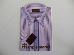 Shirt Triple Marfel Portuguese Pocket Calendar 2004 - Calendarios