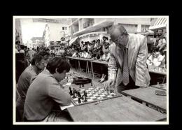 56 - LORIENT - Echecs - Victor Korchnoï Affronte 30 Joueurs Bretons - 1985 - Lorient
