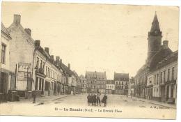 59/ La Basée - La Grande Place - N°15 AM Bethume édition - Frankreich