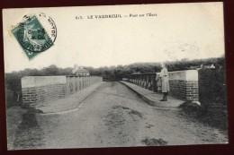Cpa Du 27 Le Vaudreuil Pont Sur L´ Eure LOR4 - Le Vaudreuil