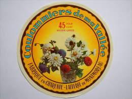 A-16111 - Etiquette De Fromage Coulommiers DE MA VALLEE - Vase Avec Fleurs - MONTMOREAU Charente 16P - Käse