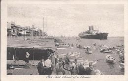 8488 - Port Said L'arrivée D'un Bateau  Arrival Of A Steamer - Port-Saïd