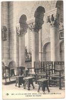 Celle Bruere Intérieur De L'église Près  SAINT - AMAND MONTROND - Neuve TTB - Saint-Amand-Montrond