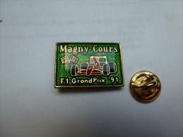 Pin Badge , Auto F1 , Grand Prix 91 , Magny Cours , Ferrari - Ferrari
