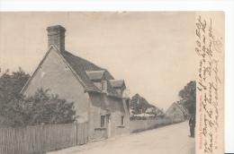 Bedfordshire Postcard - Bunyan's Cottage, Bedford    A4726 - Bedford