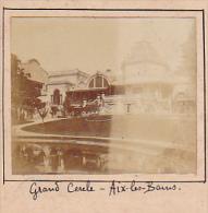 AT- 2 Photos Stereoscopiques 40x45mm Vers 1900. Aix Les Bains, France -grand Cercle, Vue De Notre Fenetre - Photos Stéréoscopiques