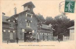 41 - Environs De La Motte-Beuvron - Les Communs De Chenay (automobile) - France