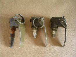 Lot De 3 Bouchons Allumeurs Pour Grenades Vert Kaki (inerte) - Equipement