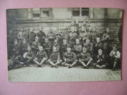 CARTE PHOTO   MULHOUSE   MILITAIRES - ECRITE EN 1920 - Mulhouse