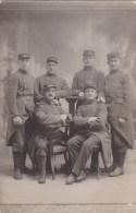 Carte Photo D´un Groupe De Soldats Du 98ème RI De Roanne - Guerra 1914-18