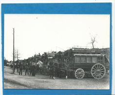 Paris 1900 , Revue De Vincennes, Regroupement Des Fiacres Et Dilligences Transports Parisiens, Chevaux , Destroye, - Taxi & Carrozzelle