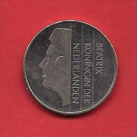 NEDERLAND 1982, Circulated Coin 2,5 Gulden, Beatrix, Nickel  Km 206 - 1980-… : Beatrix