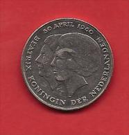 NEDERLAND 1980,  Circulated Coin 2,5 Gulden, Beatrix, Coronation Km 201 - 1980-… : Beatrix