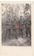 Photocarte Allemande- Soldats Allemands Pose Photo 1917 (guerre14 PAYS DE L´ EST )2scans - War 1914-18