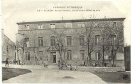 07/CPA A - Vallon - Ancien Chateau Actuellement Hotel De Ville - Vallon Pont D'Arc