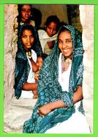 FAMILY IN HAUZIEN VALLEY VILLAGE / NORTHERN ETHIOPIA .... / Carte Vierge - Ethiopie