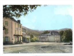 (F687) - Issarles-Village - La Place - France