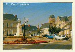 CP.  49.  LE  LION  D´ ANGERS.  PLACE  DE  L'HOTEL  DE  VILLE - Altri Comuni