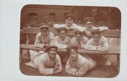 Photocarte Allemande - Militaires Lazarett Pose Photo (guerre 14-18) - Guerre 1914-18