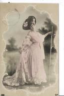Femme Célèbre - M. REGNIER - Femmes Célèbres