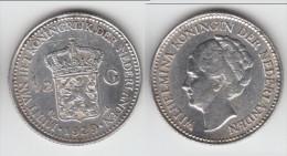 **** PAYS-BAS - NETHERLANDS - 1/2 GULDEN 1929 WILHELMINA I - ARGENT - SILVER **** EN ACHAT IMMEDIAT !!! - 1/2 Gulden