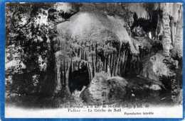 46 GROTTE DE PRESQUE LACRECHE DE NOEL - France