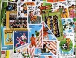 FOOTBALL Lot De 100 Timbres Tous Differents Neufs Et Oblitérés. Satisfaction Assurée - Football