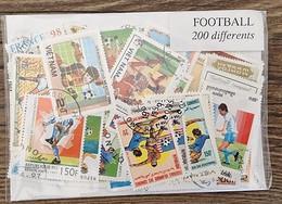 FOOTBALL Lot De 200 Timbres Tous Differents Neufs Et Oblitérés. Satisfaction Assurée - Football