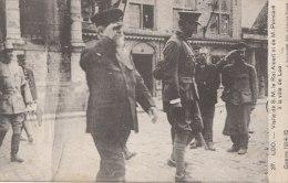 Cpa/pk 1918 Loo Lo-Reninge La Guerre 1914-15 Visite Roi Albert Et Poincaré à La Ville  Destrooper - Lo-Reninge