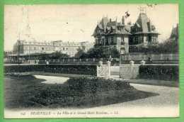 14 DEAUVILLE - La Villa Et Le Grand Hotel Roxelane - Deauville