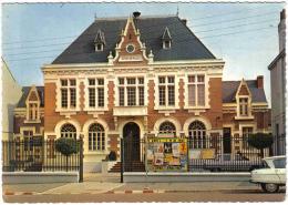 Carte Postale 62. Vitry-en-artois  L'hotel De Ville  Trés Beau Plan - Vitry En Artois